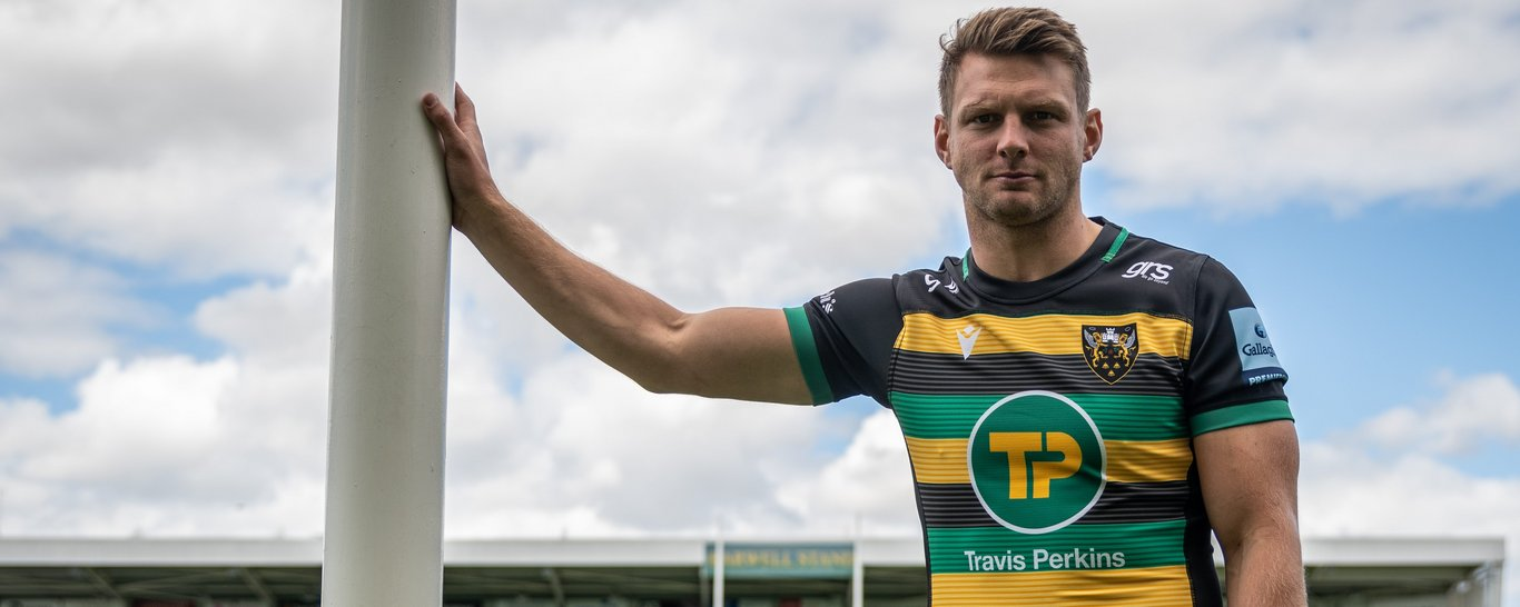 Northampton Saints fly-half Dan Biggar