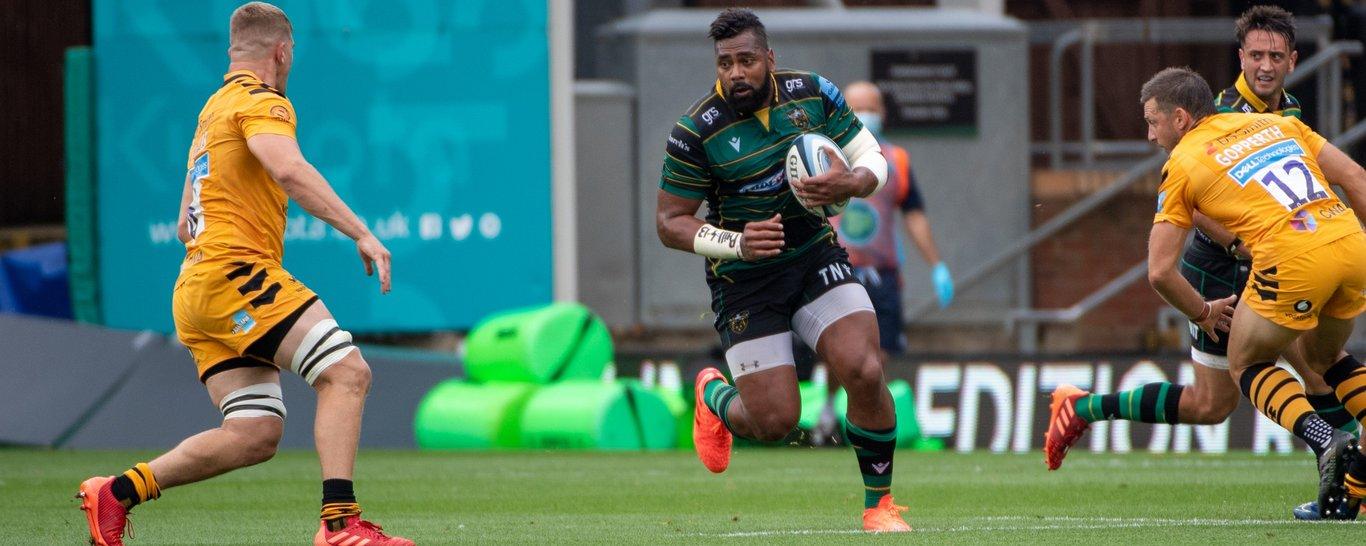Saints wing Taqele Naiyaravoro in action against Wasps