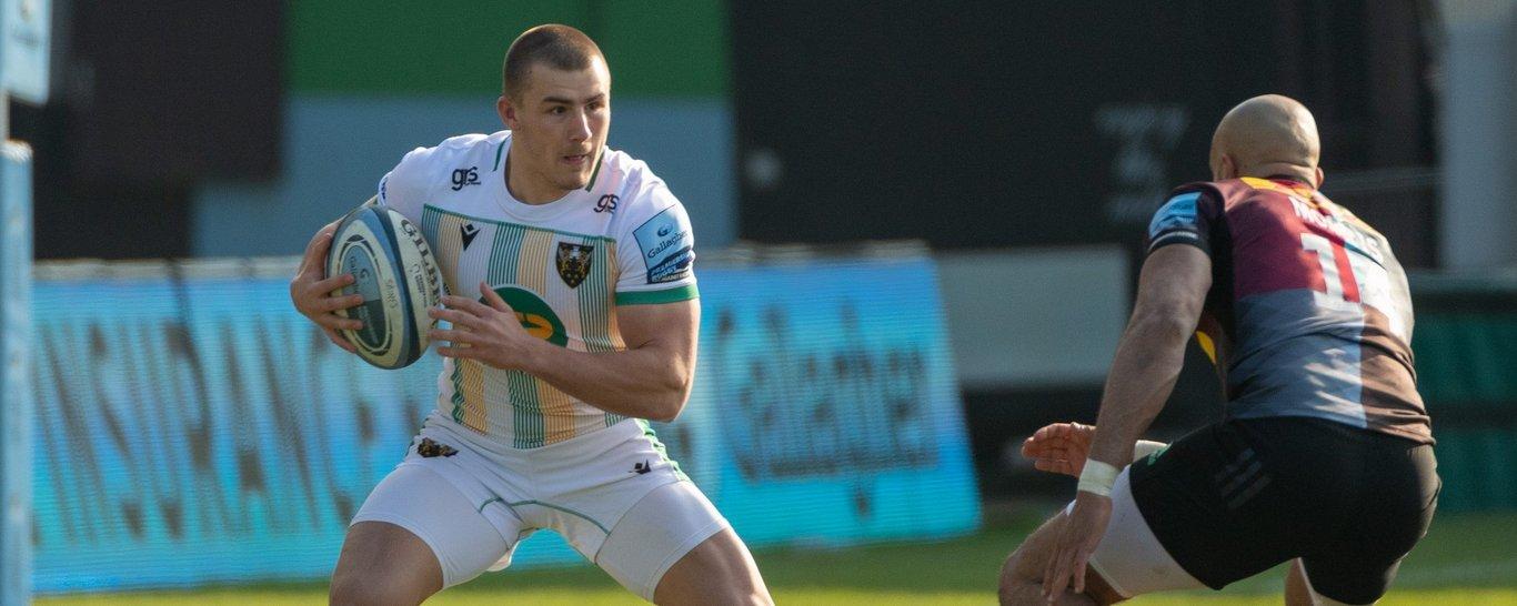 Northampton Saints' Ollie Sleightholme on the charge against Harlequins
