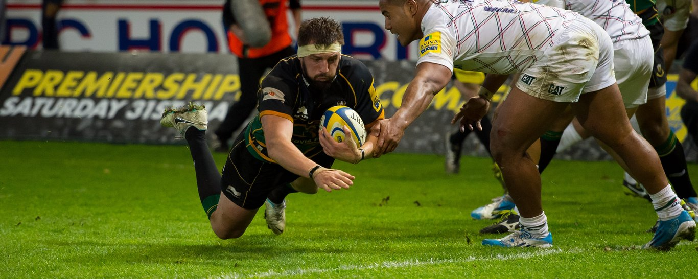 Tom Wood scores for Northampton Saints