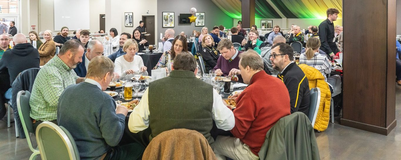 Enjoy the Heroes Restaurant hospitality at Franklin's Gardens