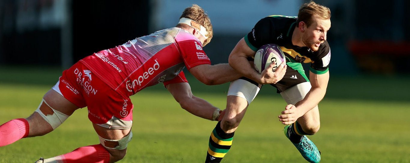 Rory Hutchinson in action for Northampton Saints against Dragons