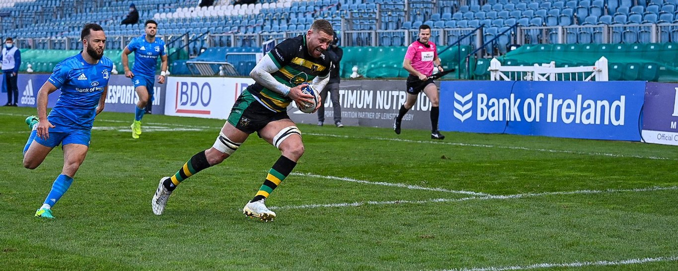 Nick Isiekwe in action for Northampton Saints