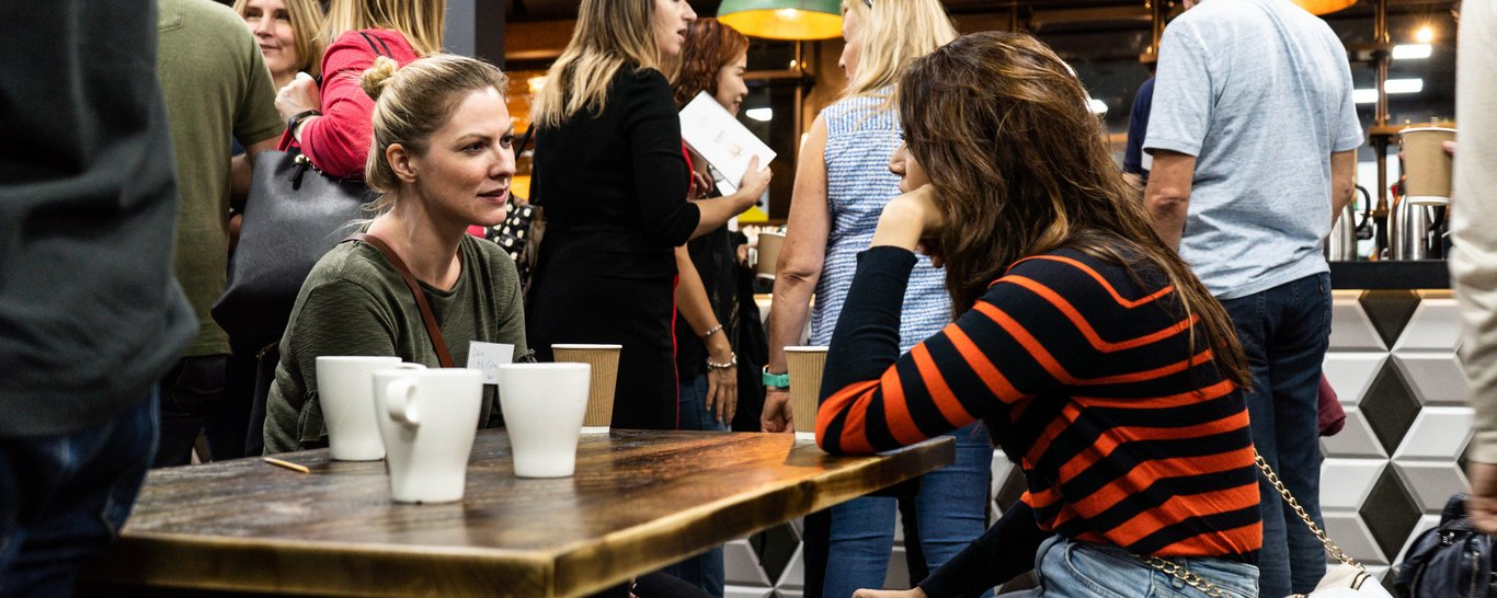 Struggling with getting people to network an event? Then see our top tips and ways on how you can encourage networking at an event. Book our event venue.