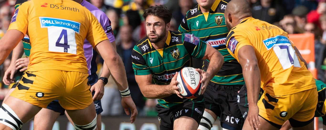 Northampton Saints' Henry Taylor on the charge