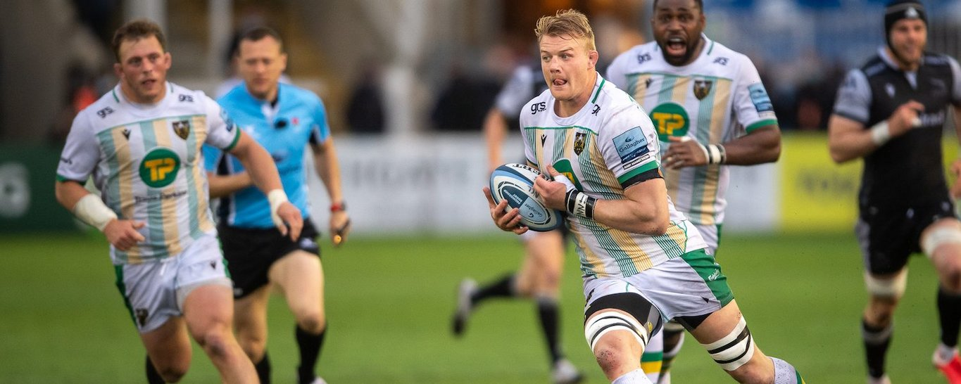 David Ribbans in action for Northampton Saints against Newcastle