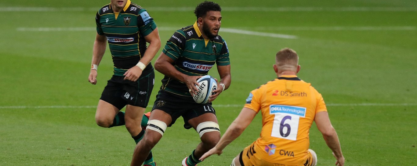 Lewis Ludlam looks for space for Saints
