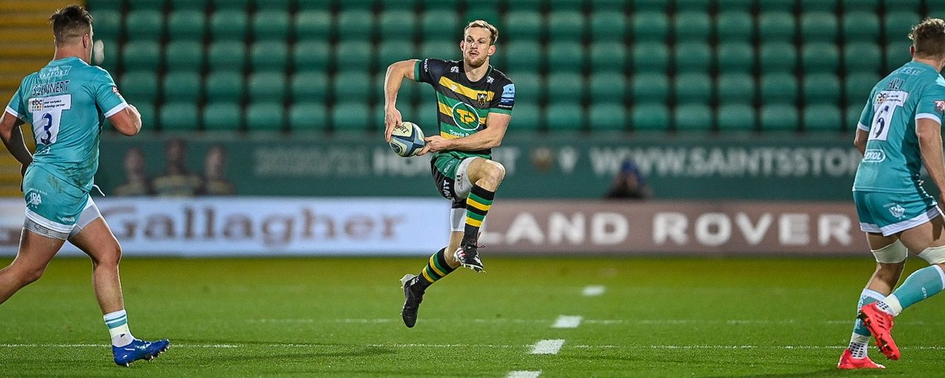 Rory Hutchinson in action for Northampton Saints