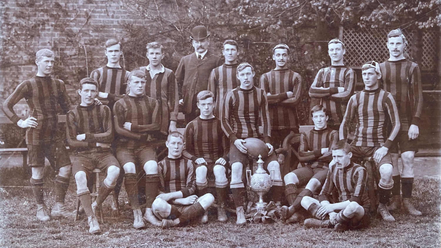 Frank Anderson can be seen in Northampton's A team photos from the early 1900s.