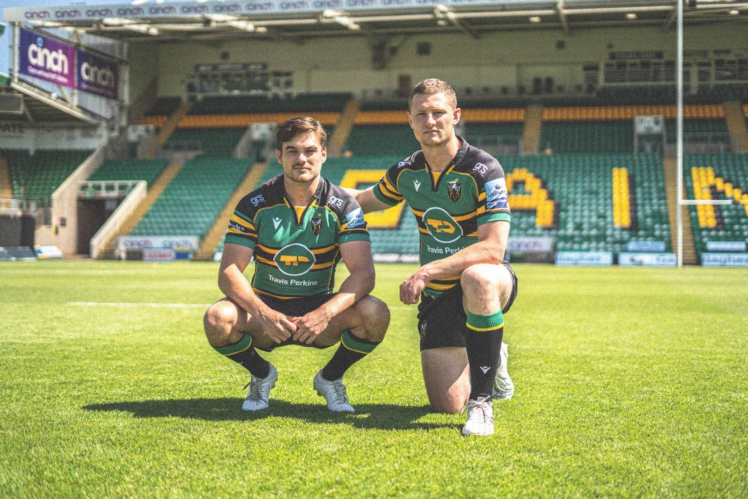 Saints' new home strip pays homage to the winner of the 'King of the Kits' poll