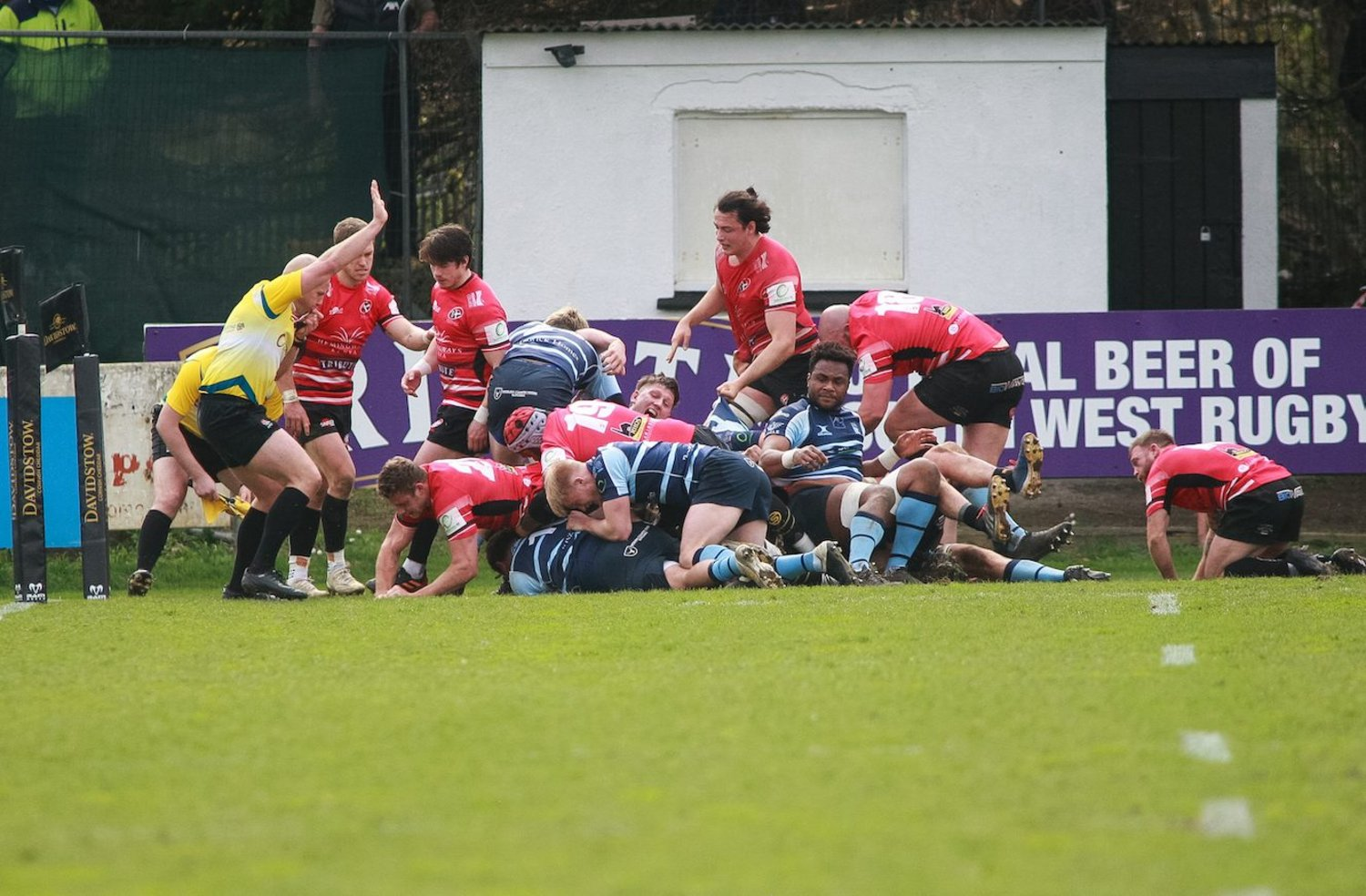 Blues' Jacob Fields scores a try for Bedford.